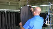 cartellinaggio capispalla e pantaloni, cuciture di etichette, stampa di etichette Taranto Puglia